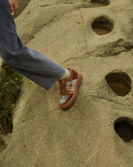 Naguisa Laja Boot - Brown