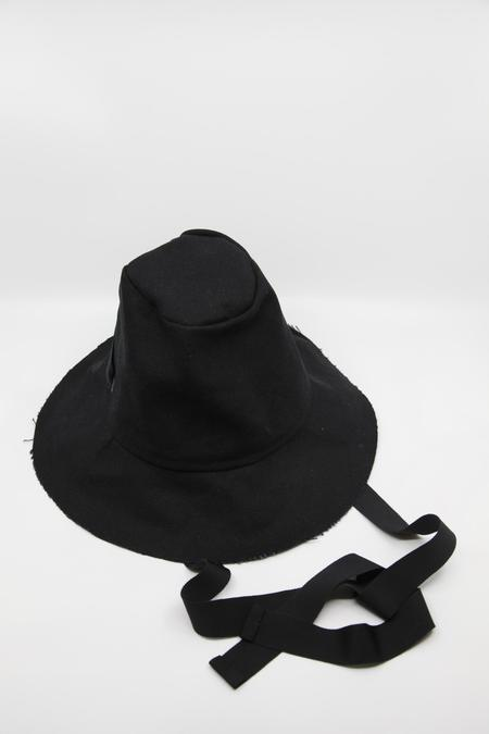 Gravel & Gold Tam Hat - Black with Tie