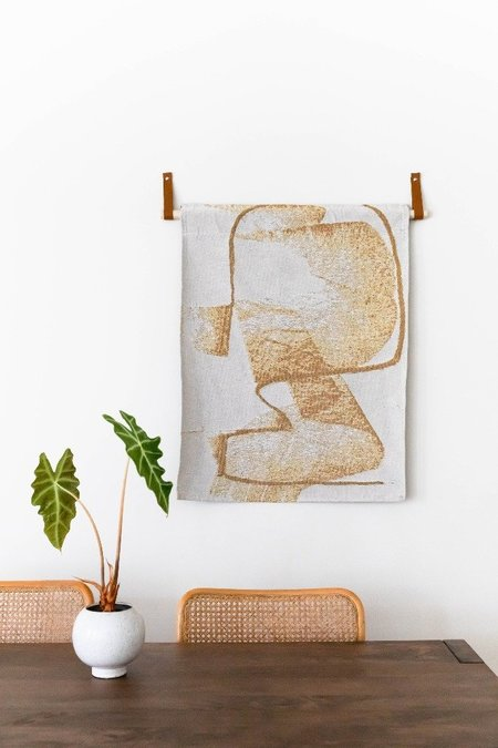 K-Apostrophe Golden Grizzly Woven Tapestry 25x33