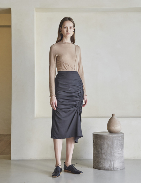 Maison De Ines Unbalanced Shirring Skirt - Black