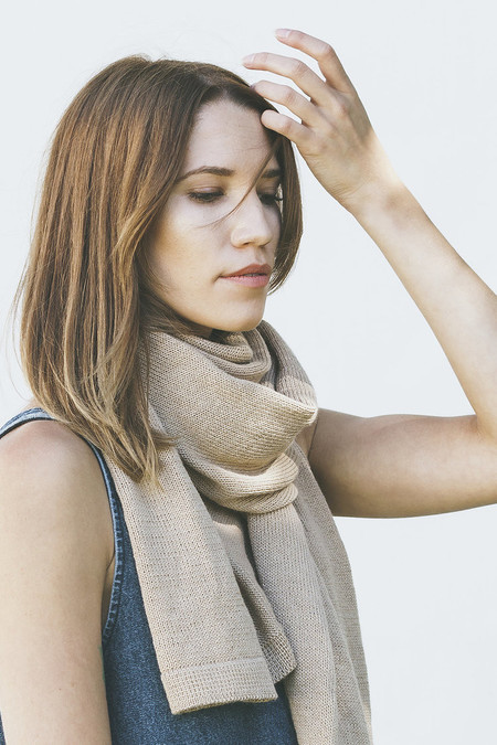 Bare Knitwear Classic Scarf in Camel
