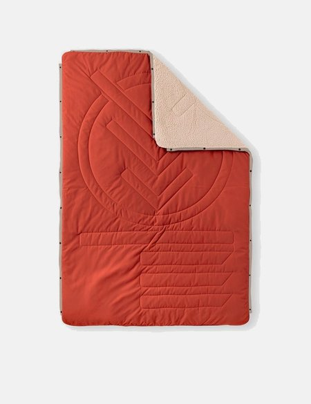 Voited Blankets Voited Cloudtouch Pillow Blanket - Languostino Red