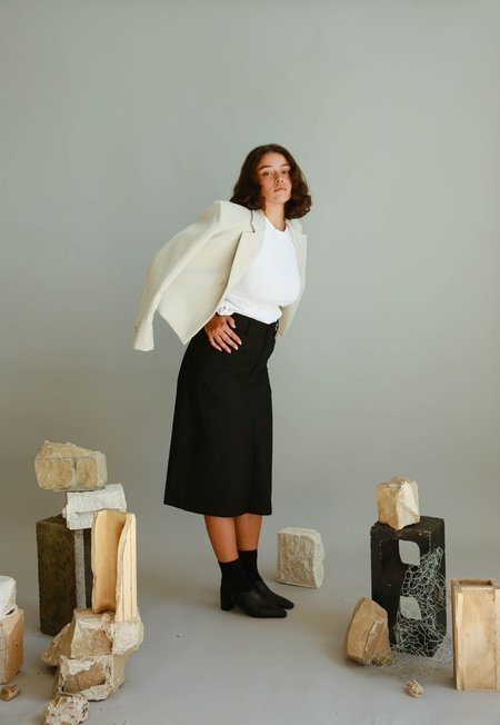 JOWA. Are you Button Detail Midi Skirt - Black