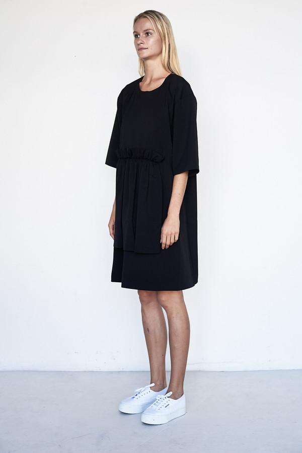 D.EFECT Poly/Wool Euna Dress