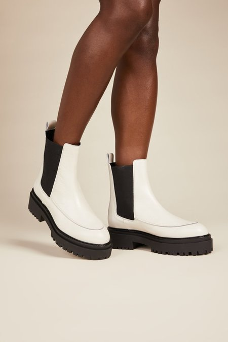"""INTENTIONALLY __________."" Aya Boots - White"