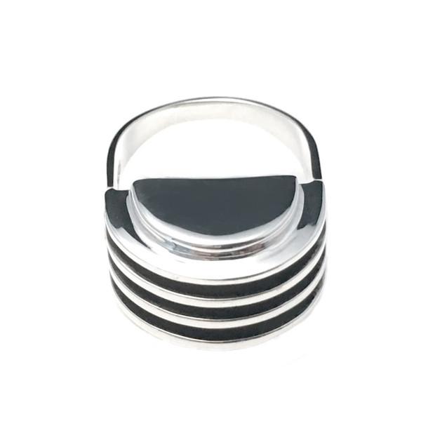 AGMES Vault Ring