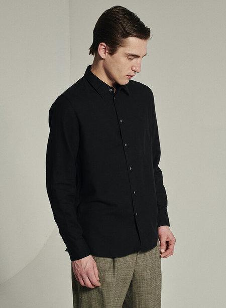 delikatessen Feel Good Portuguese Mix of Cotton and Sustainable Tencel Shirt - Black