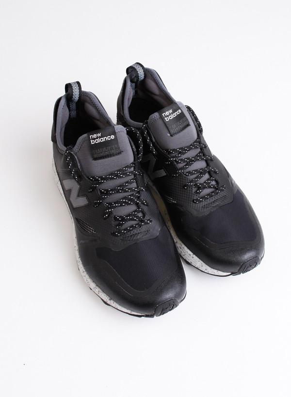 Men's New Balance MFLTBBG Trail Buster Black/Grey