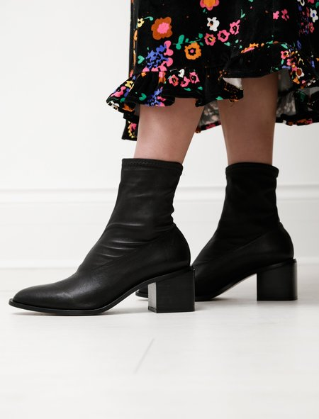 Robert Clergerie Xia Stretch Leather Boot - Black