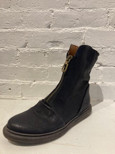 P. Monjo Goss Boot - Black
