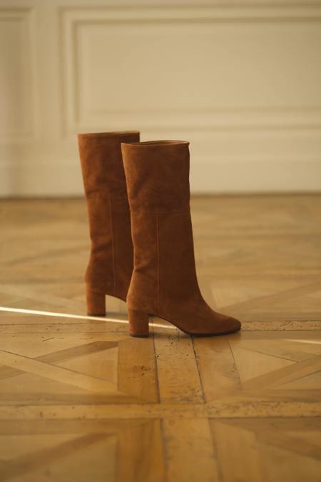 Anne Thomas Mimo Long Boots in Distrellia Velvet - Tan