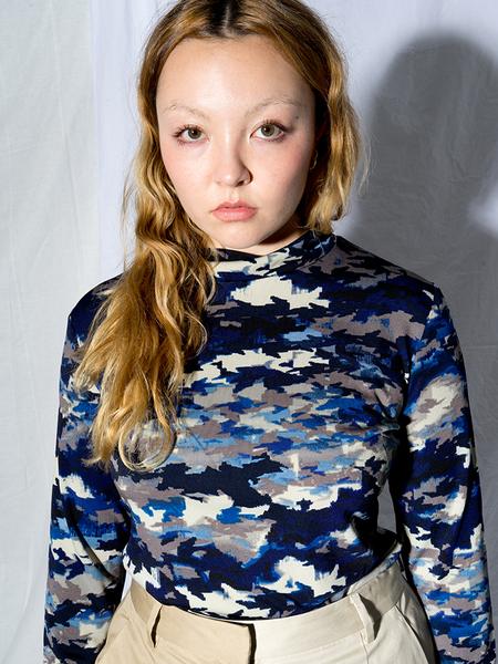 Chelsea Mak 3/4 Sleeve Mock Neck - Blue Camo