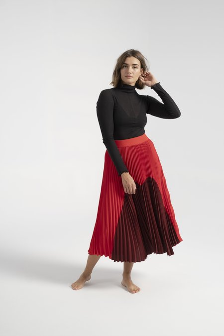 Nomia Pleated Skirt - Burgundy/Red