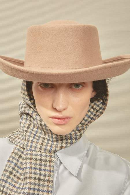 Clyde Gambler Hat With Tweed Scarf - Taupe