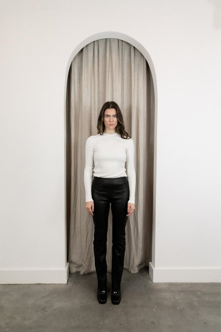 VEDA BUCK STRETCH LEATHER PANT - BLACK