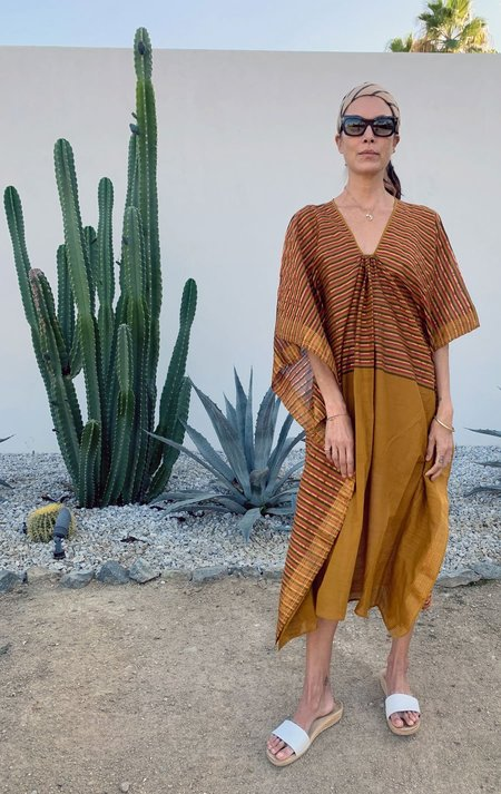 Two Metallic Caftan - Caramel/Gold