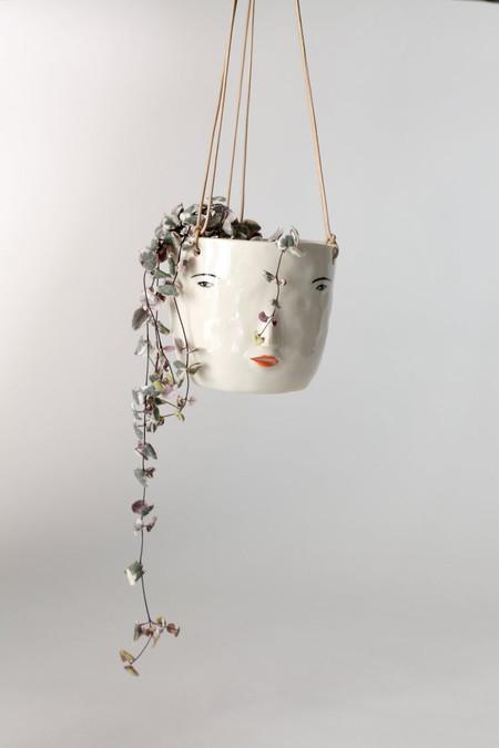 Rami Kim Hanging Face Pot