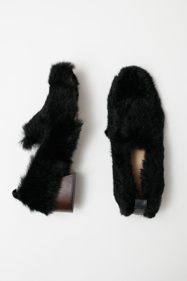 Mari Giudicelli Gavea Loafer - black fur