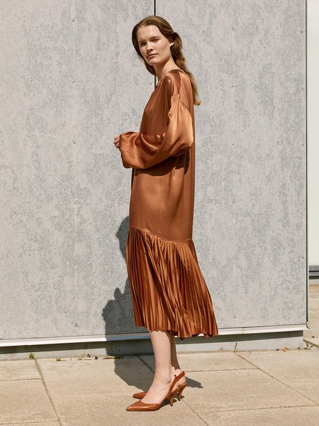 By Malene Birger LEMONA DRESS - WALNUT