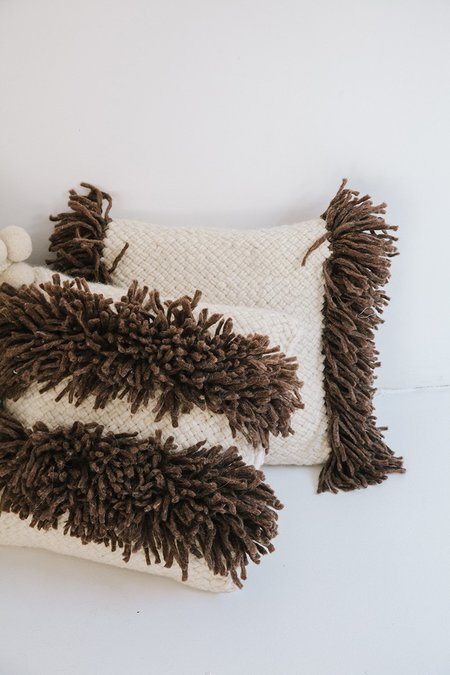 Pampa Monte Cushion #9 - Natural/Walnut