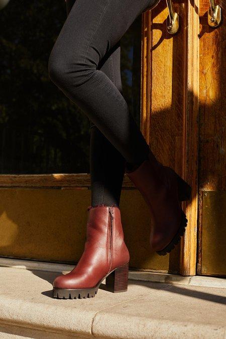 AoverA Percy Winter Boot - Vino