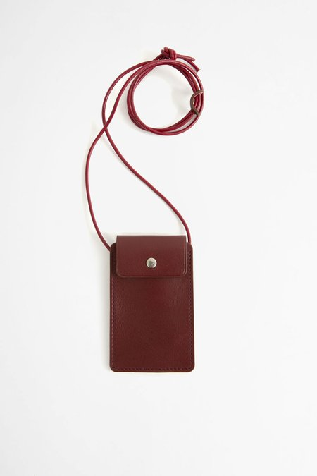 Del Barrio Leather cardholder with strap - burgundy