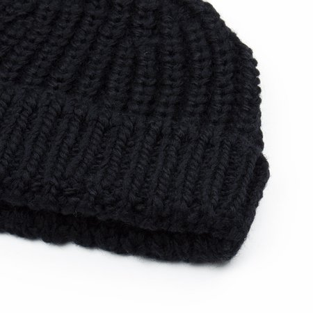 cableami British Wool Short Beanie - Black