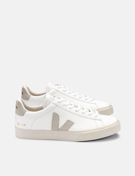 Veja Campo Chrome Free Trainers - Extra White/Natural Suede