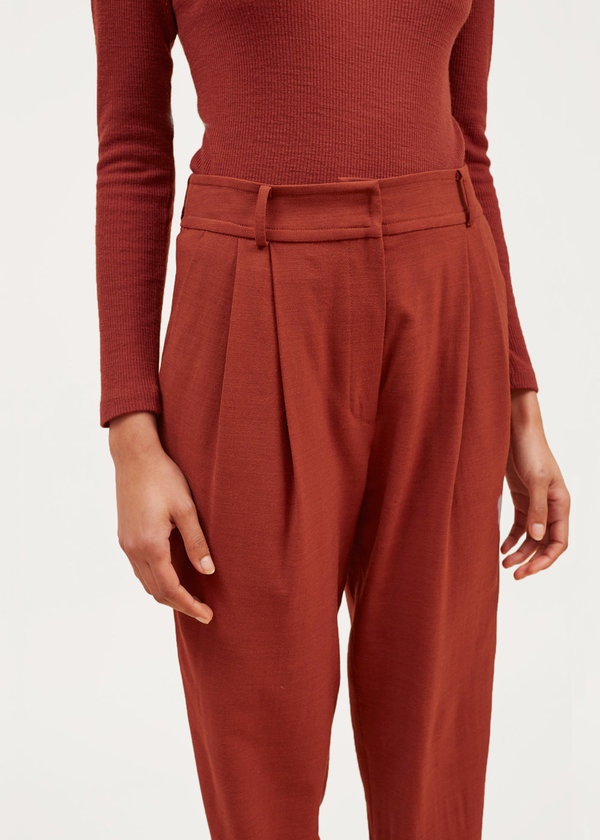 Waltz Cropped Pleated Trouser