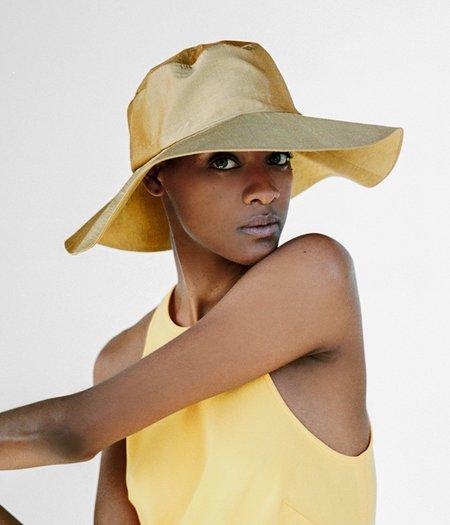 Clyde Tetra Silk Hat - Golden Sand