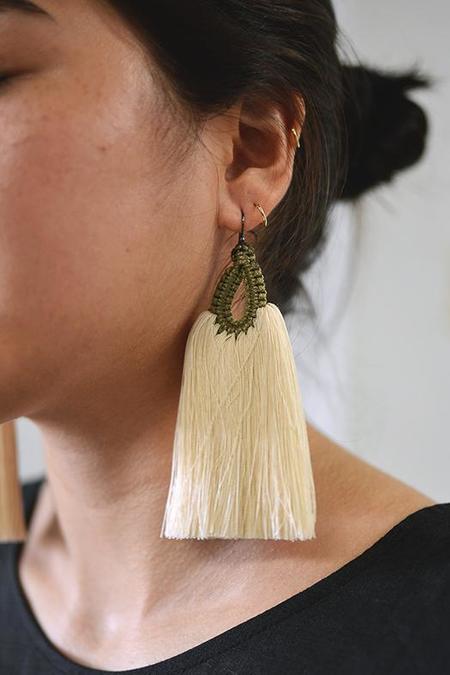Caralarga Gallo Earrings