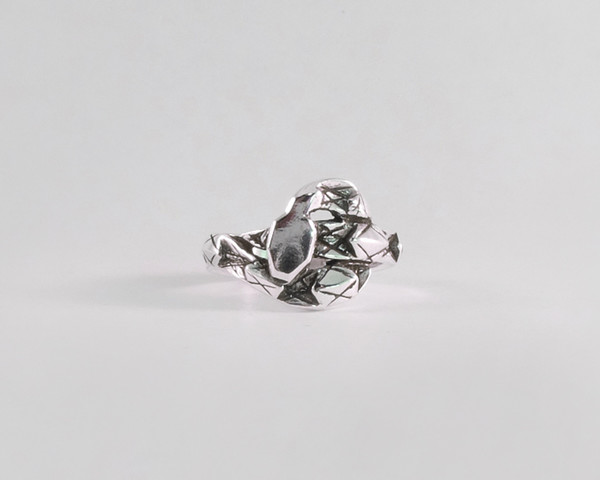 Lacar Snake Ring