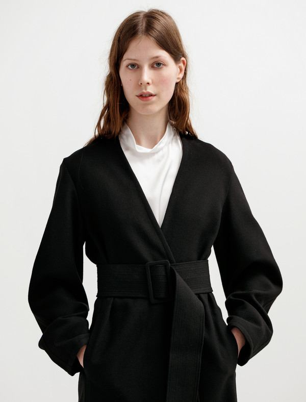 Lemaire Womens Wrapover Coat Black