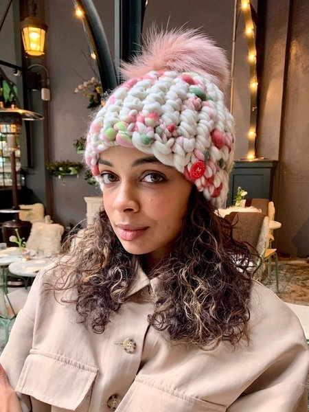 Mischa Lampert pomster beanie - Arctic pink/rosebud