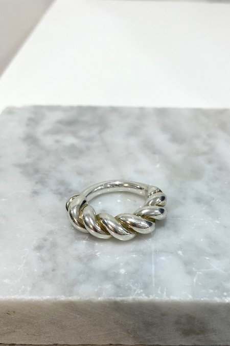 duo nyc LUINY SILVER INTERLACED RING - silver