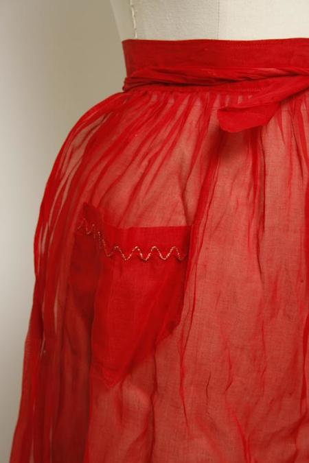 VINTAGE SHEER HOLIDAY APRON - Red