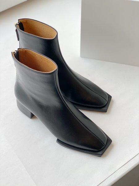 Reike Nen Classic Zipper Boots - Black