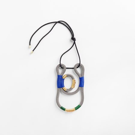PICHULIK Geisha Curve Necklace - White Zig Zag Blue
