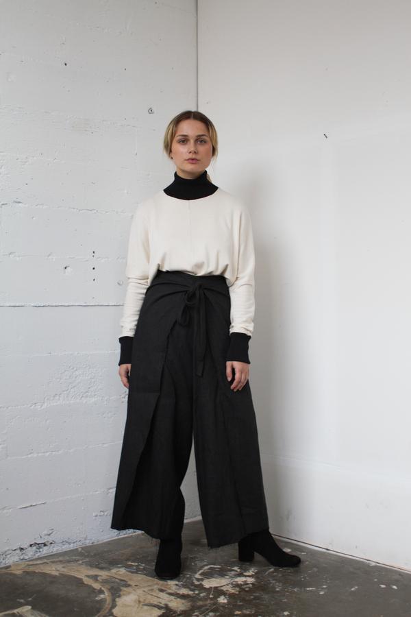 Alexa Stark linen wrap pants