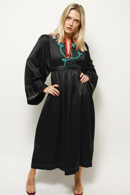 VINTAGE HAND EMBROIDERED WIDE SLEEVE DRESS - Black