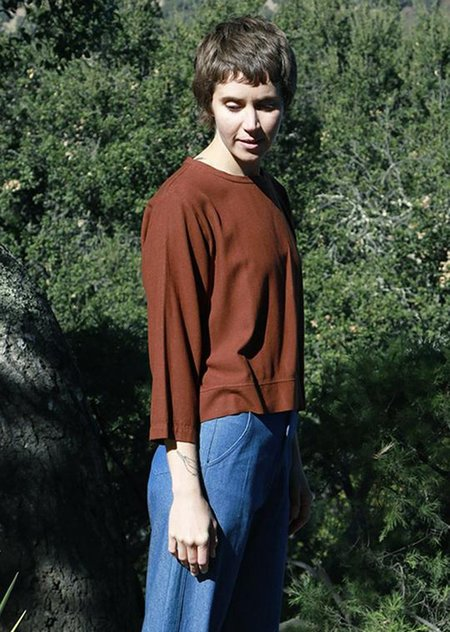 Me & Arrow Relaxed Crewneck Long Sleeve - Canyon Brown
