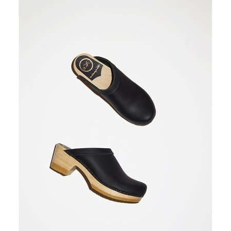 No.6 Old School Clog on Mid Heel - Black