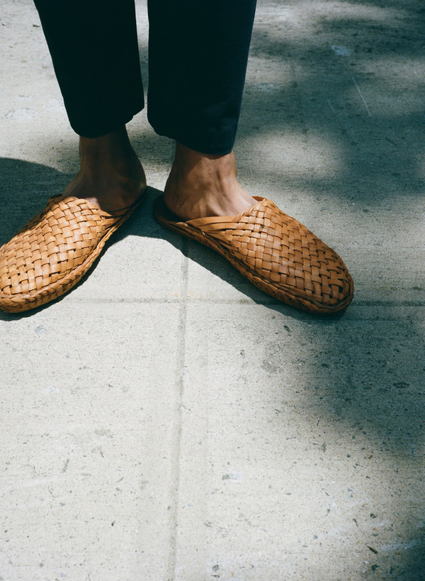 Sincerely, Tommy Leather Woven Slides