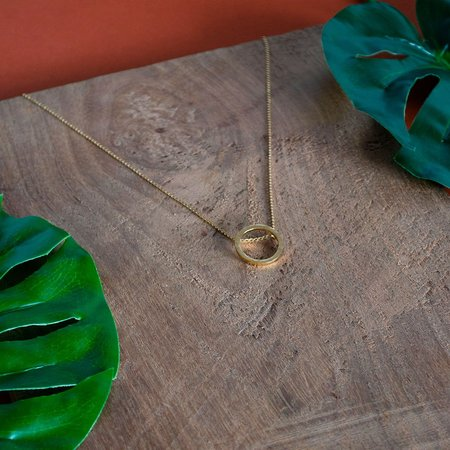 The CANO Shoe SOFÍA Hammered Necklace - Gold