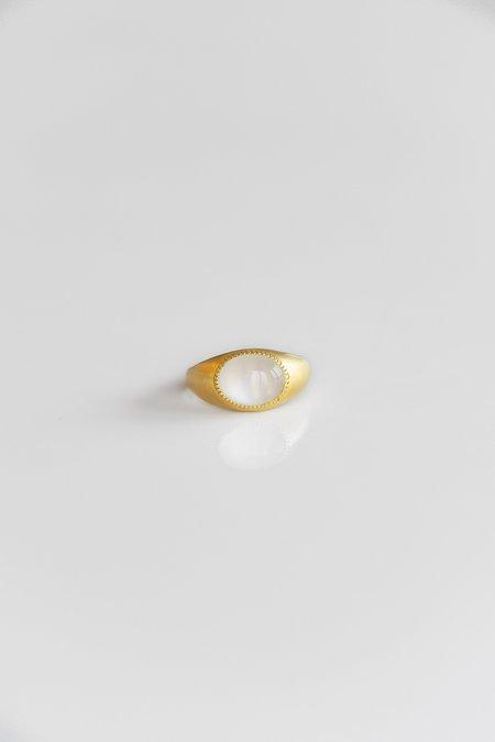PROUNIS MOONSTONE ROZ RING - 22k Gold