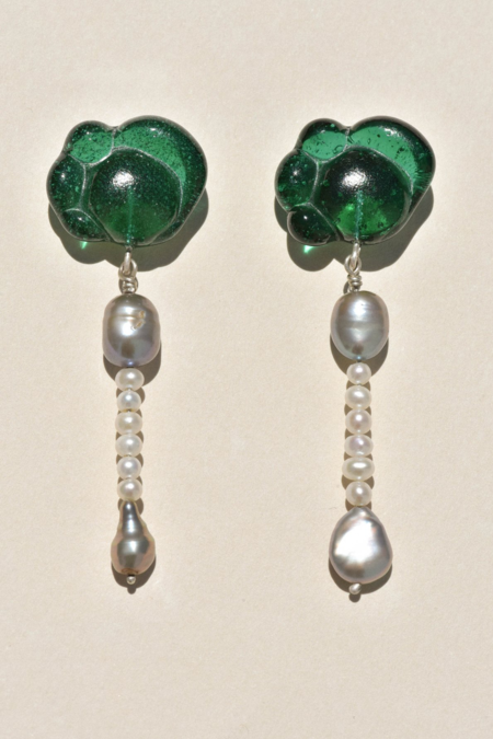 Leigh Miller Seaglass Earrings - sterling silver/pearls