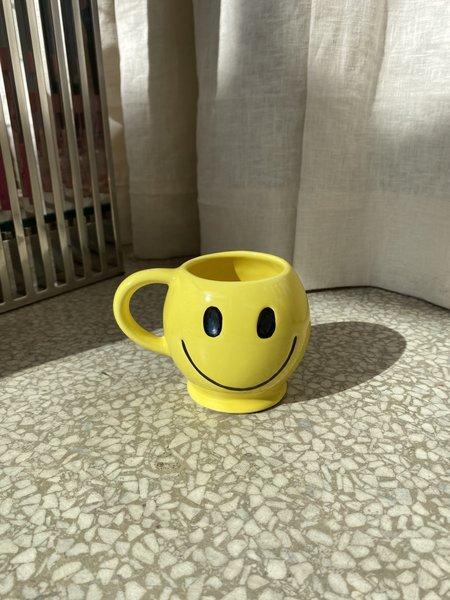 Ri-Ri-Ku MCCOY SMILEY MUG - YELLOW