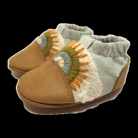Kids Nooks Design Warm Land Canvas Shoes