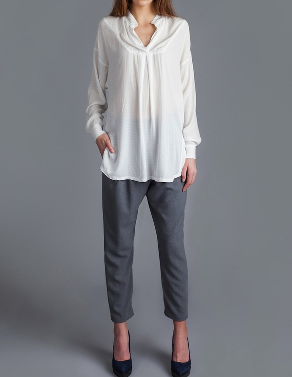 Allison Wonderland Hub Blouse