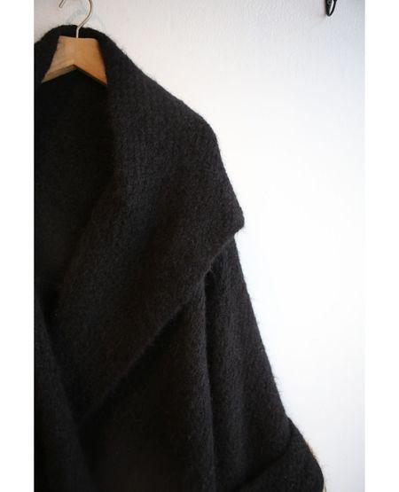 VOYAGER x MIA PERU Hand Knit Cape - Black